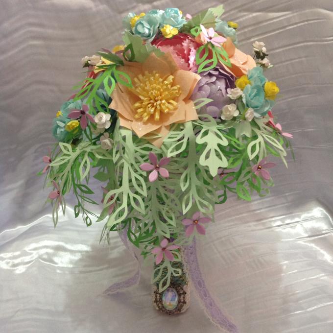 Pastel Handcrafted Entourage Bouquets by Duane's Fleur Creatif - 003