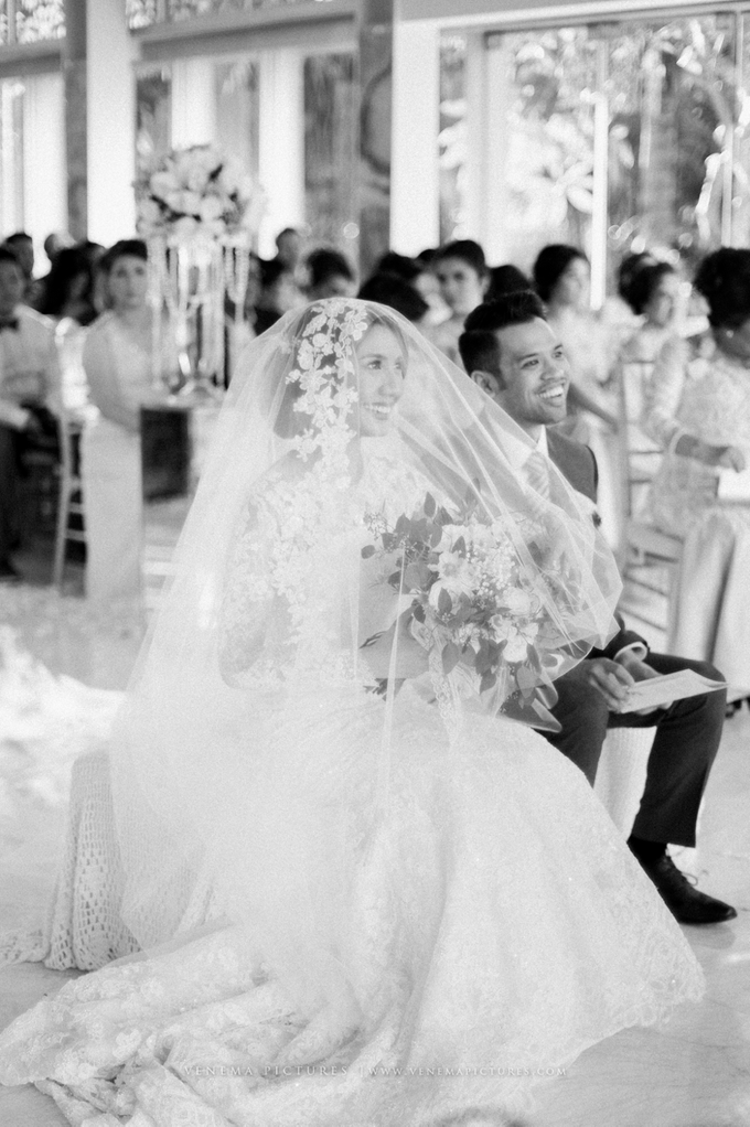 Bali Wedding : Acha & Andy Holy Matrimony by Elsie Chrysila Brides - 015