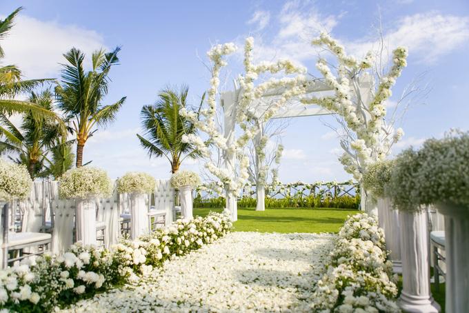 White fairy tale 2016 by AiLuoSi Wedding & Event Design Studio - 001