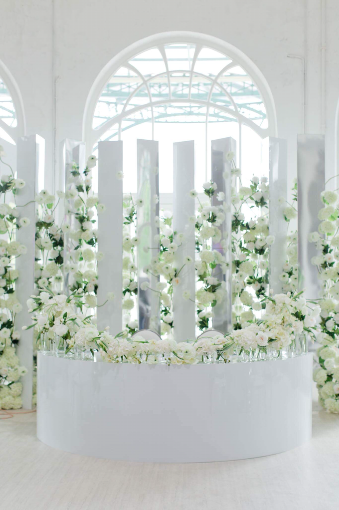 Minimalist wedding in June by Maria German decor - 009