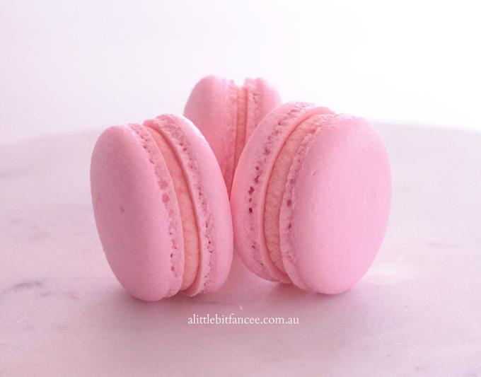 Macarons by A Little Bit Fancee - 011