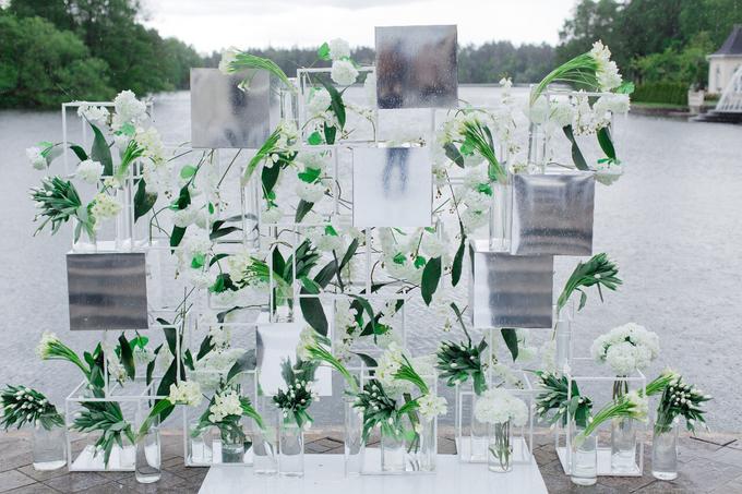 Minimalist wedding in June by Maria German decor - 002