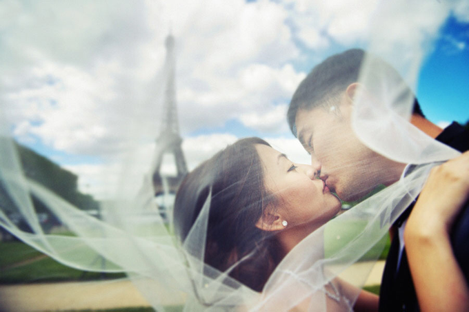 Romance in Paris by Derrick Ong Photography - 001