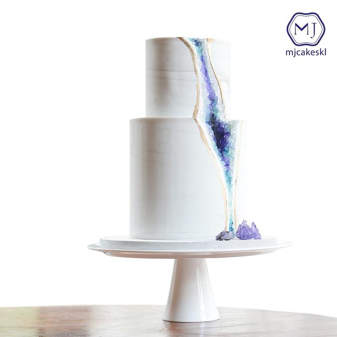 Wedding cakes by MJCakesKL - 002