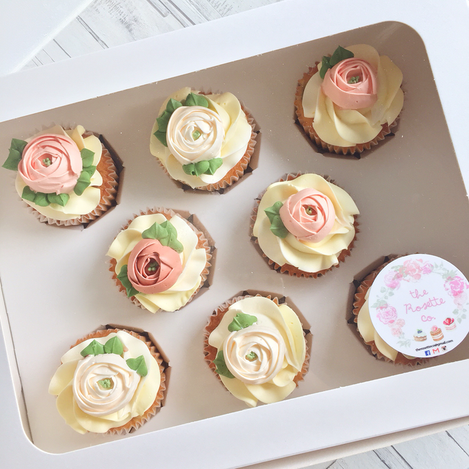 Floral cupcakes by The Rosette Co - 015
