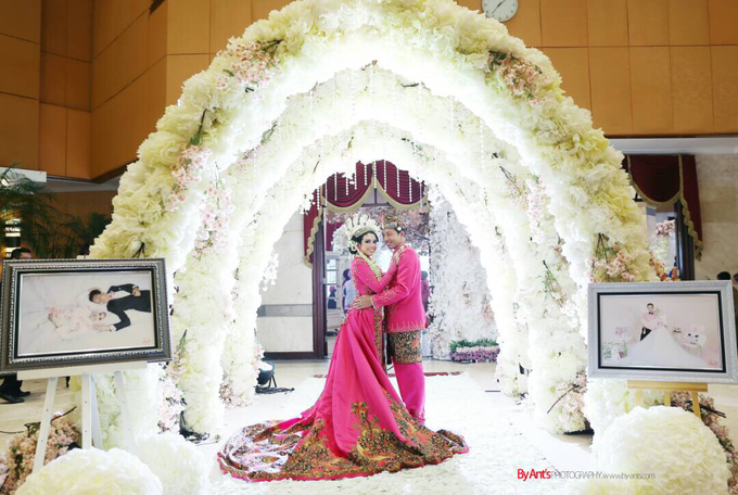 Tanti & arif wedding day  by HEAVEN ENTERTAINMENT - 001