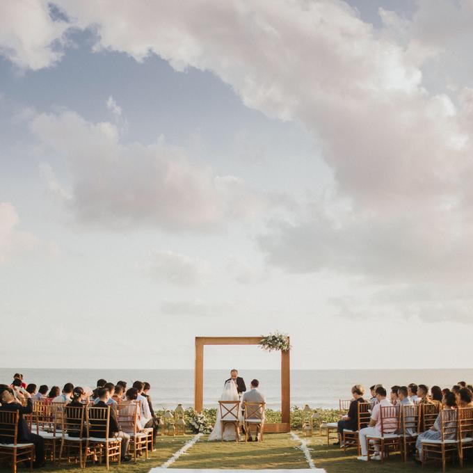 Hendri & Sella Wedding by It's True Wedding Planner and Decoration - 040