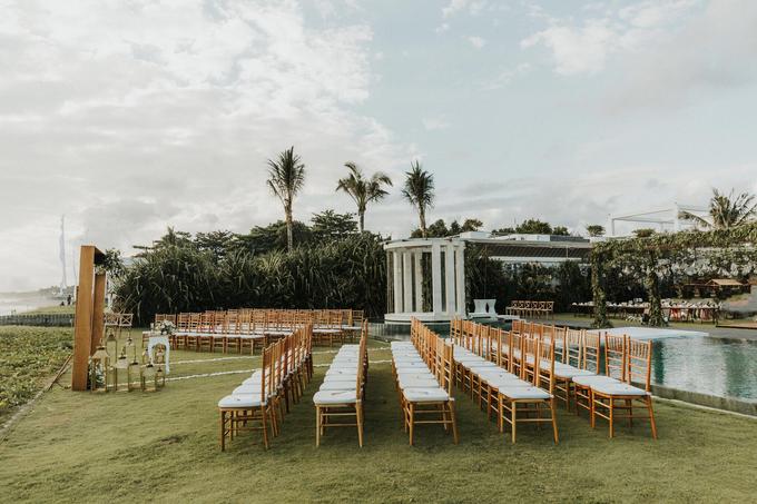 Hendri & Sella Wedding by It's True Wedding Planner and Decoration - 014
