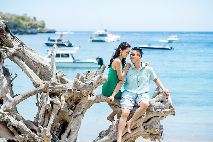 Nusa Penida Prewedding by Gusde Photography - 016