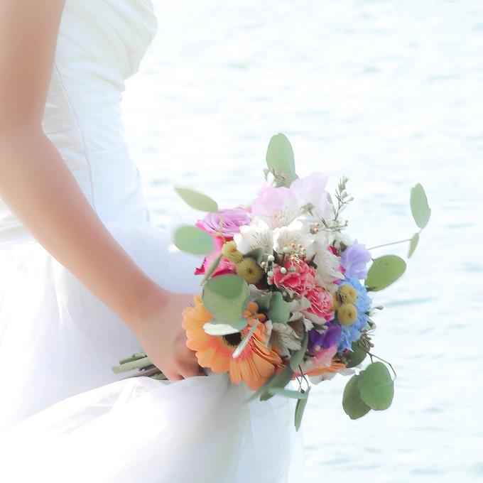 Prewedding bouquet by Liz Florals - 005