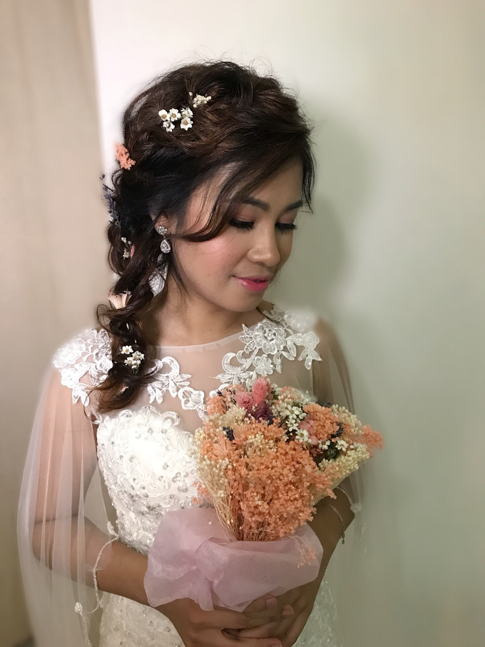 Bridal Hairstyles  by Zinny Theint Make-up Artistry - 012
