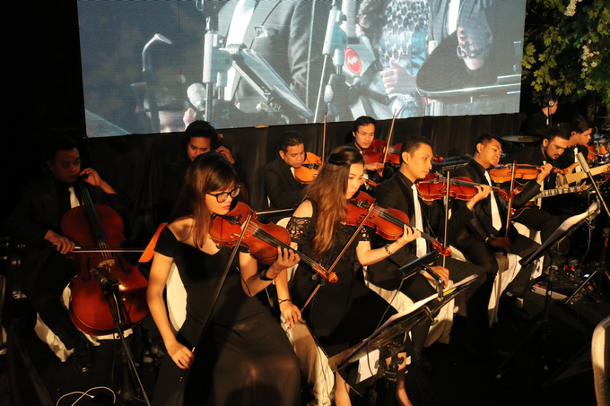 10.12.16 ORANGE Light Orchestra by ORANGE Music Management - 002