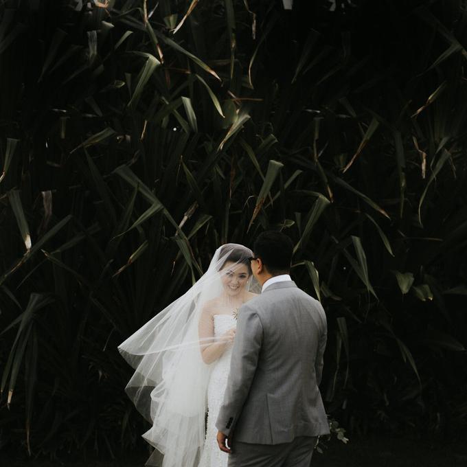 Hendri & Sella Wedding by It's True Wedding Planner and Decoration - 012