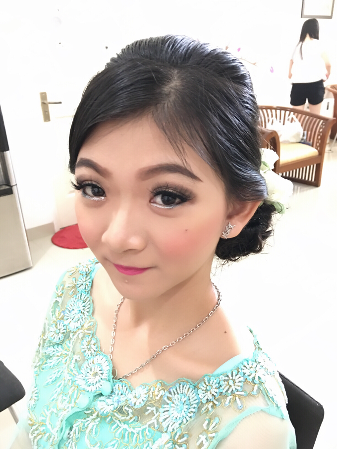 Hair & makeup by vinamakeupartist - 010