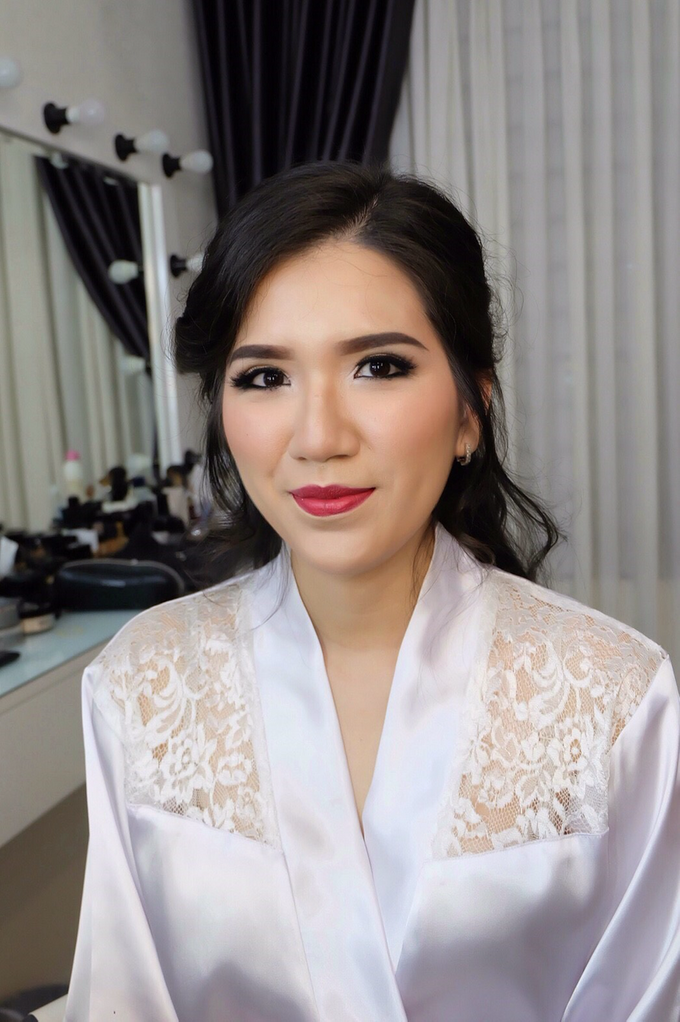 Pre-wedding makeup by Troy Makeup Artist - 002