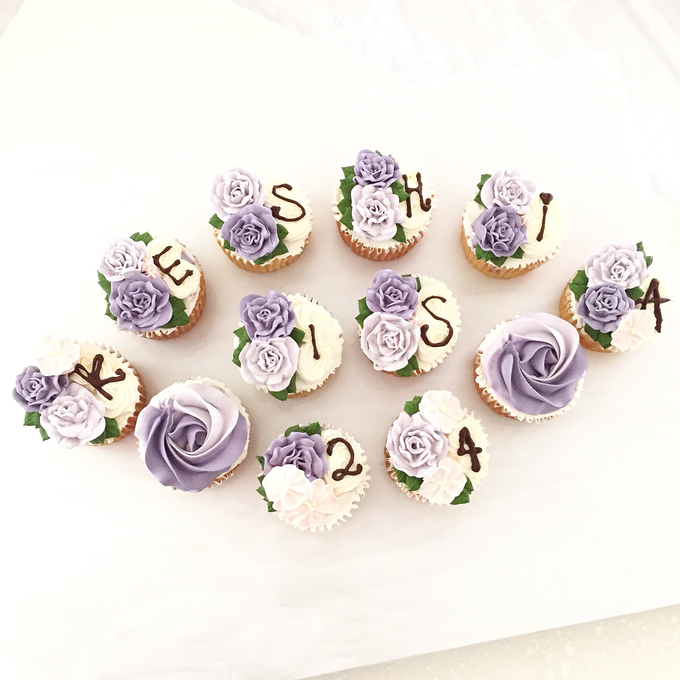 Floral cupcakes by The Rosette Co - 014