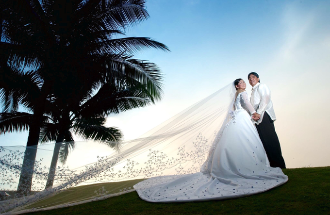 Bridal Gowns & Long Gowns by Joji Aguilar-Couture - 005