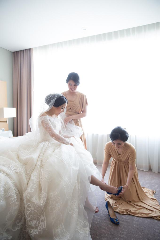 JASON & STEFANI • Glam Champagne by MALVA Bridesmaids - 001