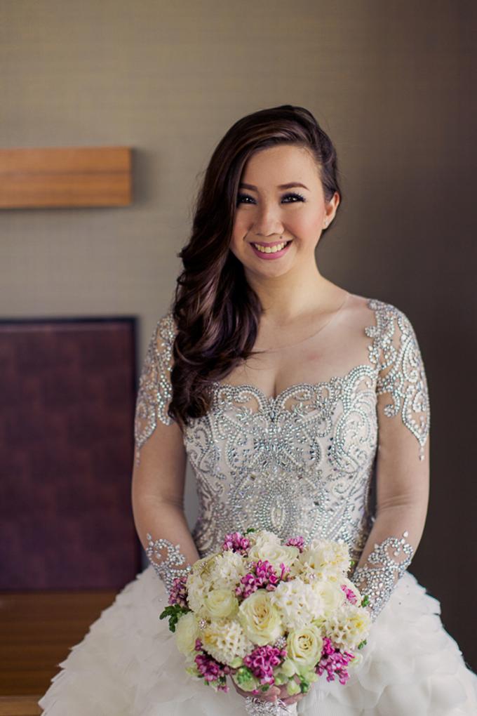 Premium wedding dress (april - mei) by TS BRIDAL BALI - 001