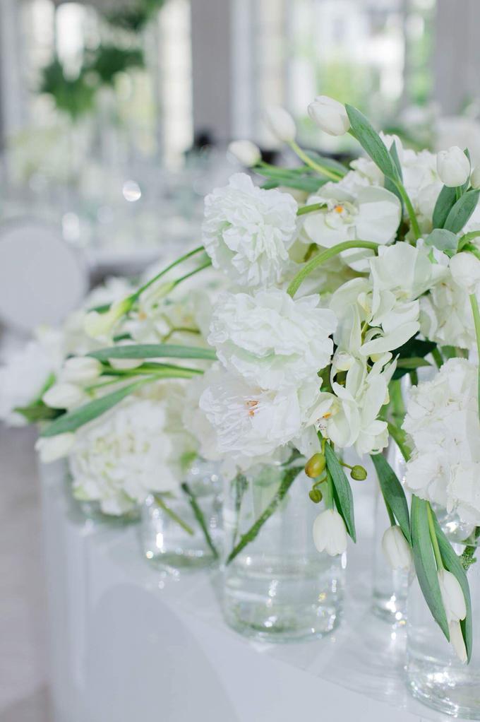 Minimalist wedding in June by Maria German decor - 016