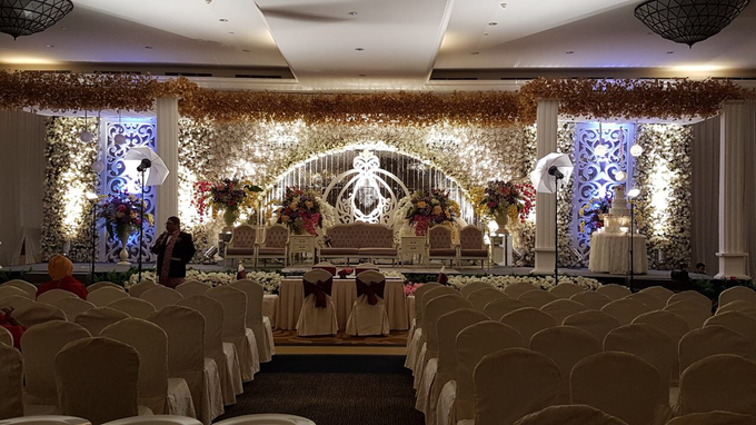 Wedding Decoration by MASON PINE HOTEL - 013