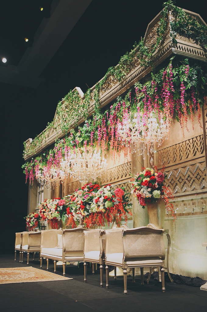 Wedding decoration and detail by Dikaderadjat - 005