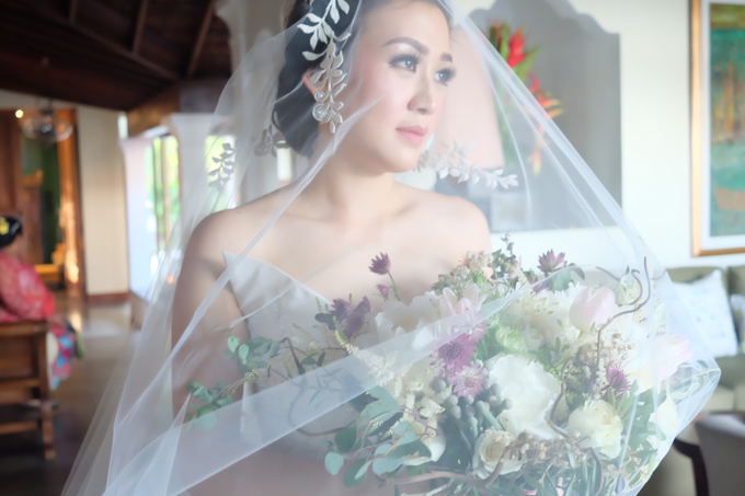 Lavina's wedding by sherlyamakeup - 002