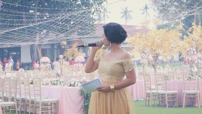 Balinese Wedding Reception of Ina & Dwipa by Tirza Zoraya - 012