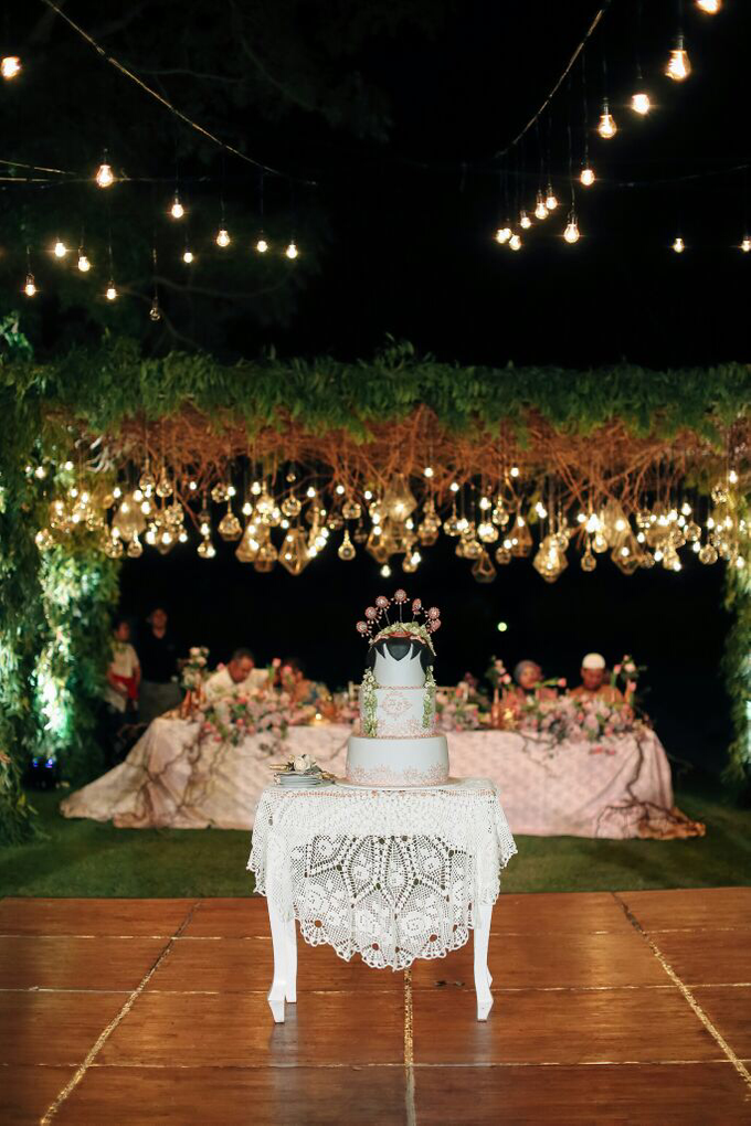 Sisca and Hichem Wedding Decoration by It's True Wedding Planner and Decoration - 003