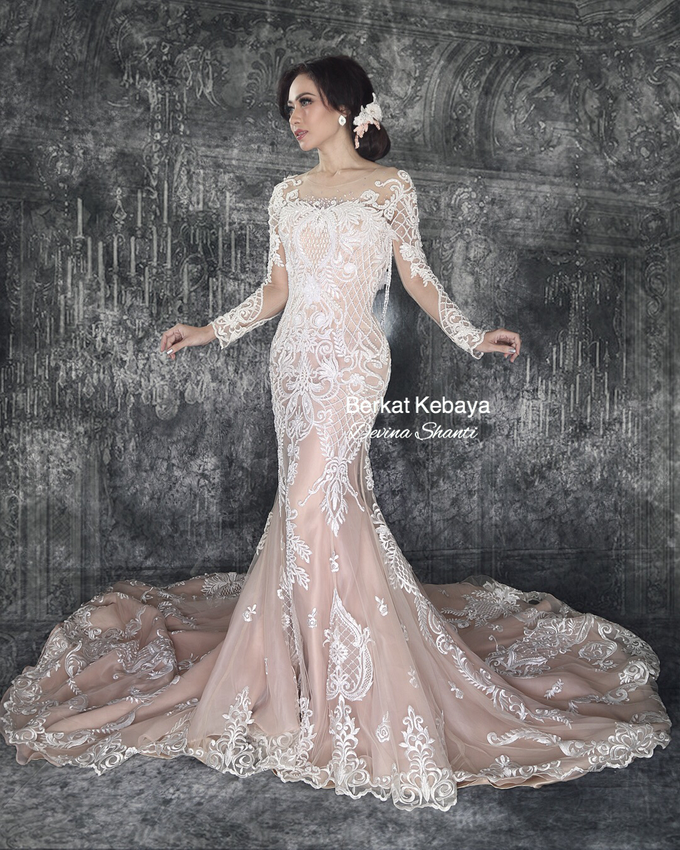 Wedding Gowns by Berkat Kebaya By Devina Shanti - 027