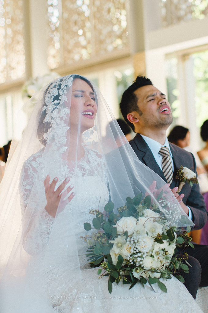 Bali Wedding : Acha & Andy Holy Matrimony by Elsie Chrysila Brides - 017