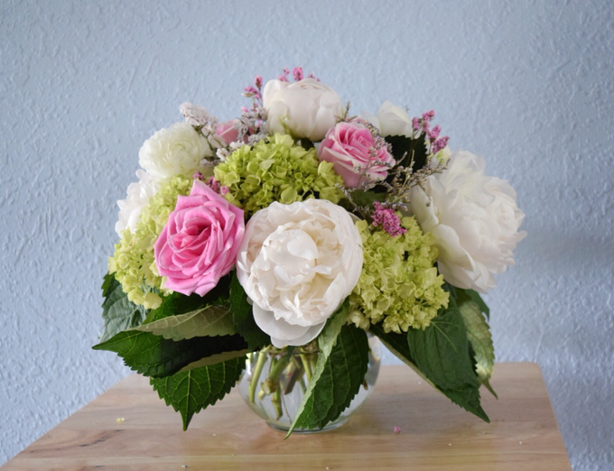 Mothers Day arrangements  by L&A Event Designs - 001