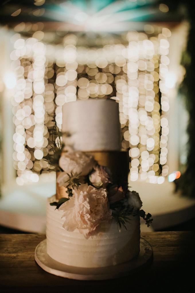 Hendri & Sella Wedding by It's True Wedding Planner and Decoration - 029