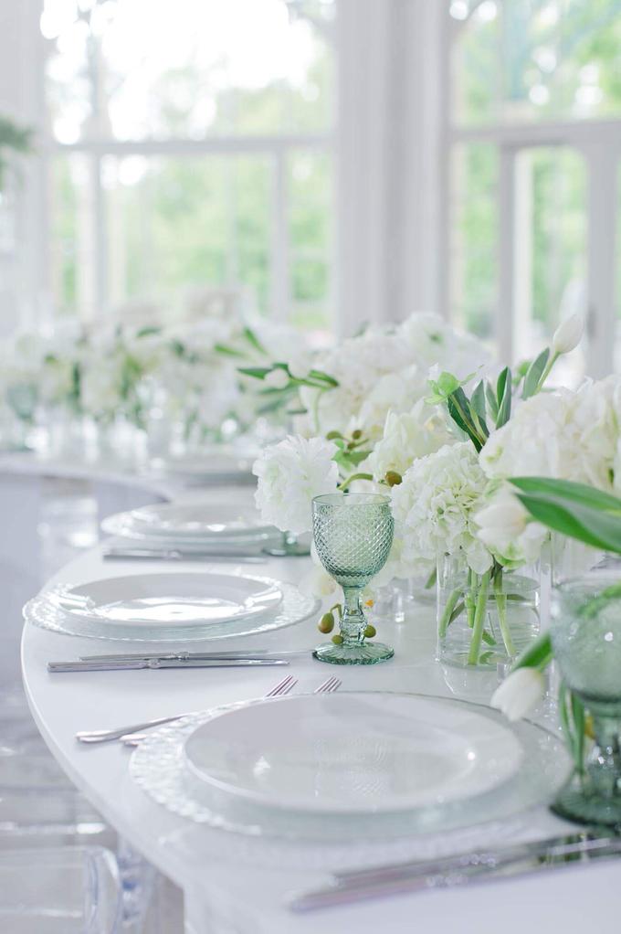 Minimalist wedding in June by Maria German decor - 004