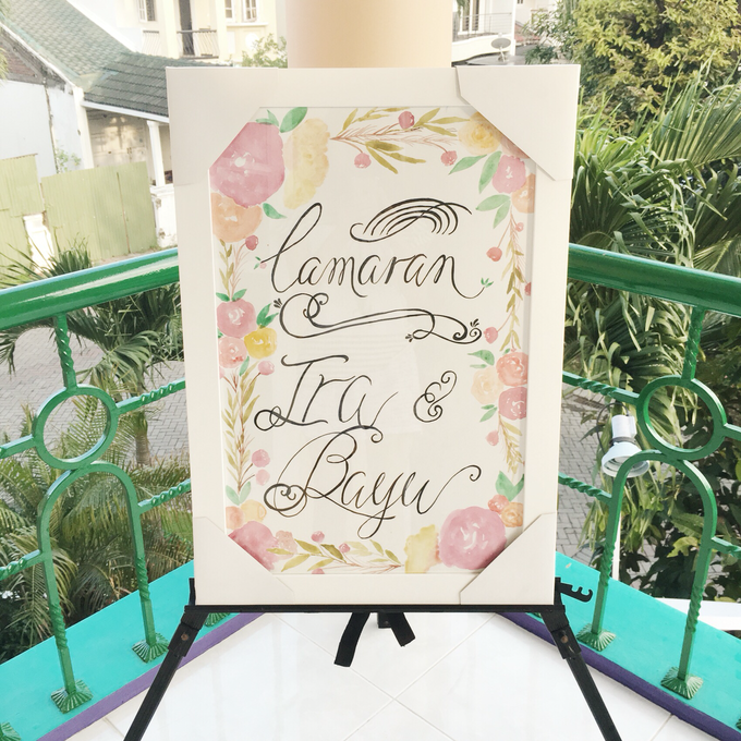 Bespoke Board Sign for Engagement by Meilifluous Calligraphy & Design - 002