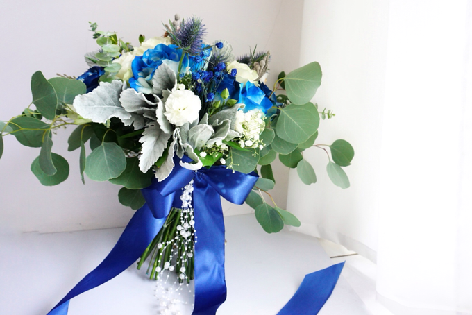 The royal rustic blue by Royal Petals - 001
