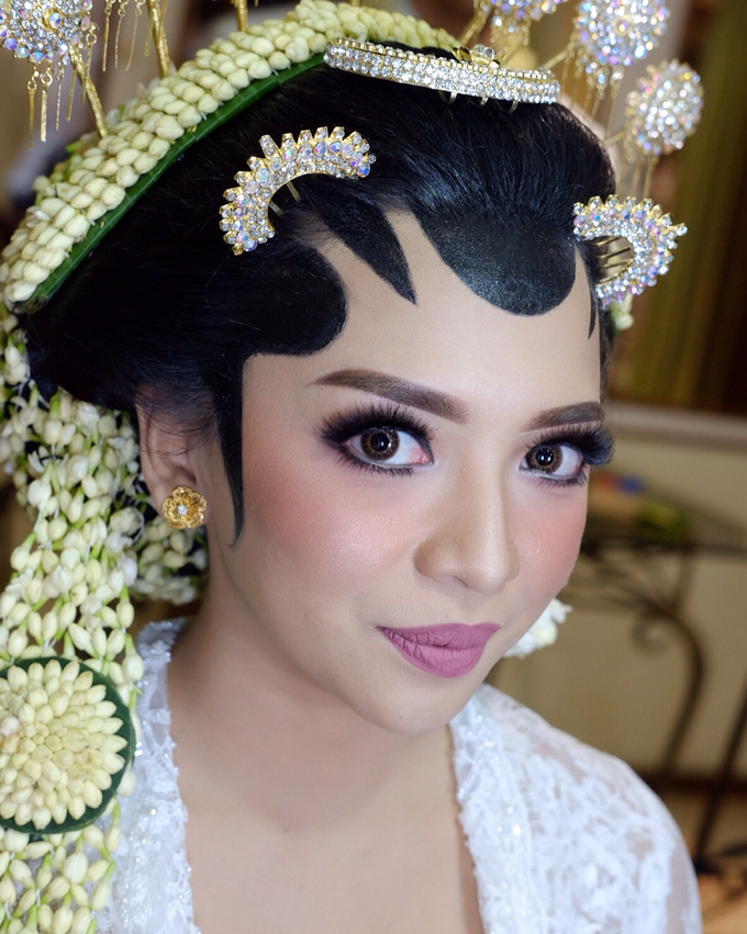 Pascalis Wedding by Nadia Sabrina MUA - 002