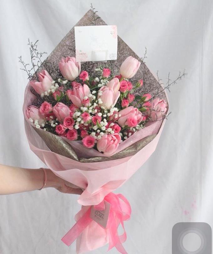 Hand bouquet by La Fleuriste Clara - 004