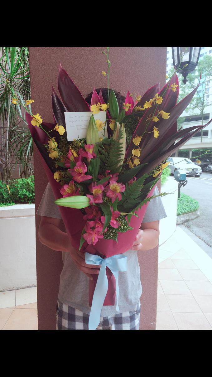 Bespoke Flower Bouquets by A. Floral Studio - 013
