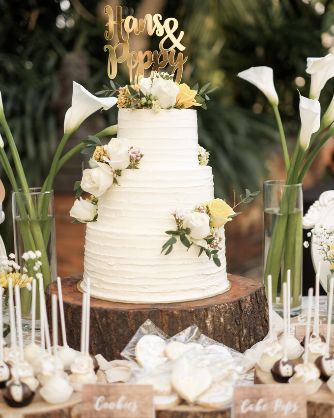 Rustic-Chic Wedding Cake by K.pastries - 012
