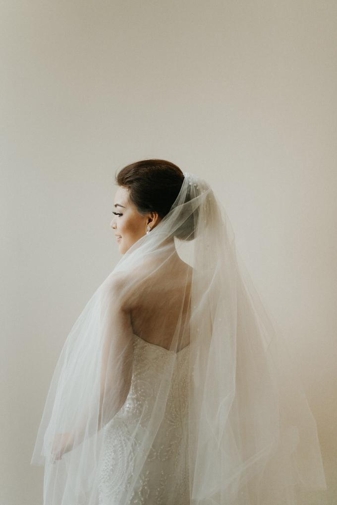 Hendri & Sella Wedding by It's True Wedding Planner and Decoration - 002