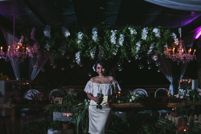 Riela & Indra Balinese Rustic Wedding at Beji Ubud  by Tirza Zoraya - 001