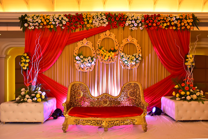 Beautiful Red roses themed wedding by Merit Events - 004