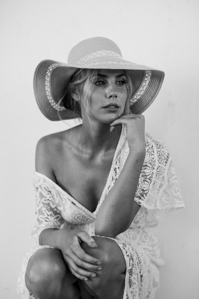 Melinda by Peter Simon Photography - 004