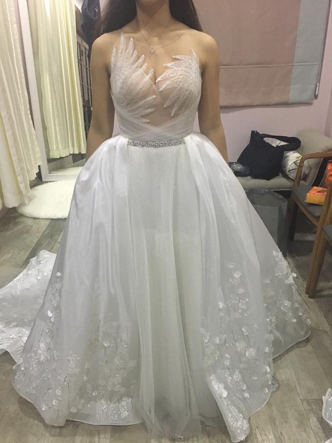 Wedding Gown by GÍSELA - 001