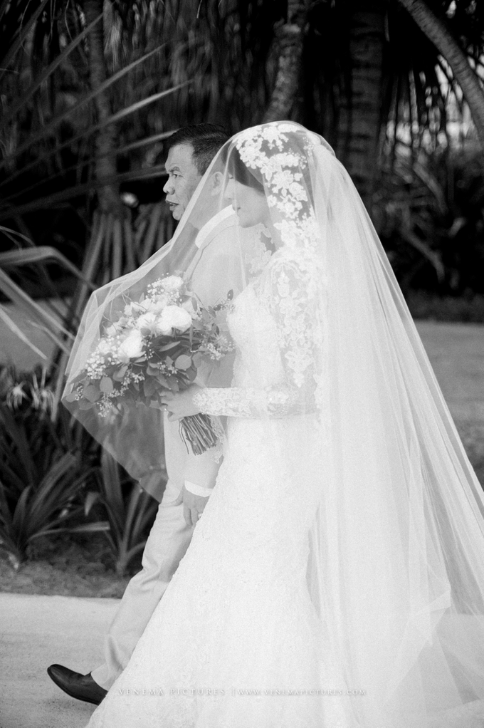 Bali Wedding : Acha & Andy Holy Matrimony by Elsie Chrysila Brides - 009