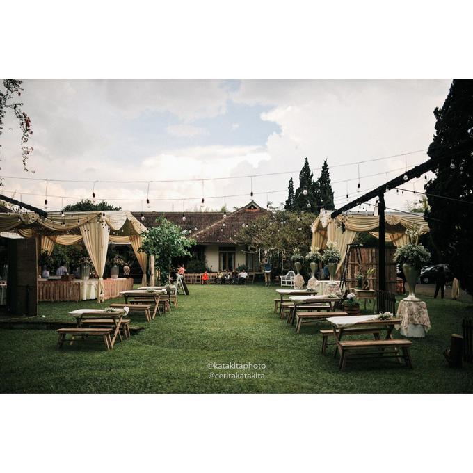 Rustic Garden Wedding by Katakitaphoto - 002