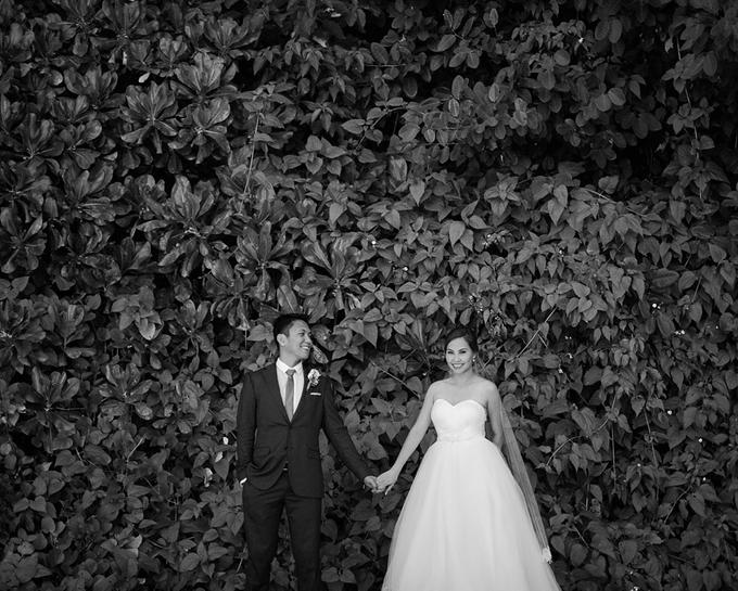 SIMPLE WEDDING DRESS TAIL BISA DI LEPAS by TS BRIDAL BALI - 020