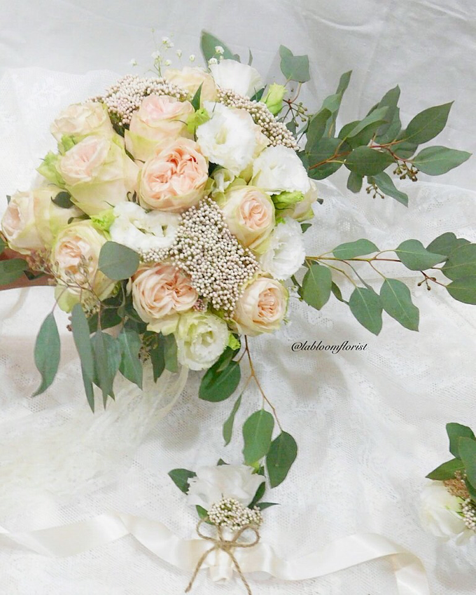 May Bridal Bouquets by La Bloom Florist - 018