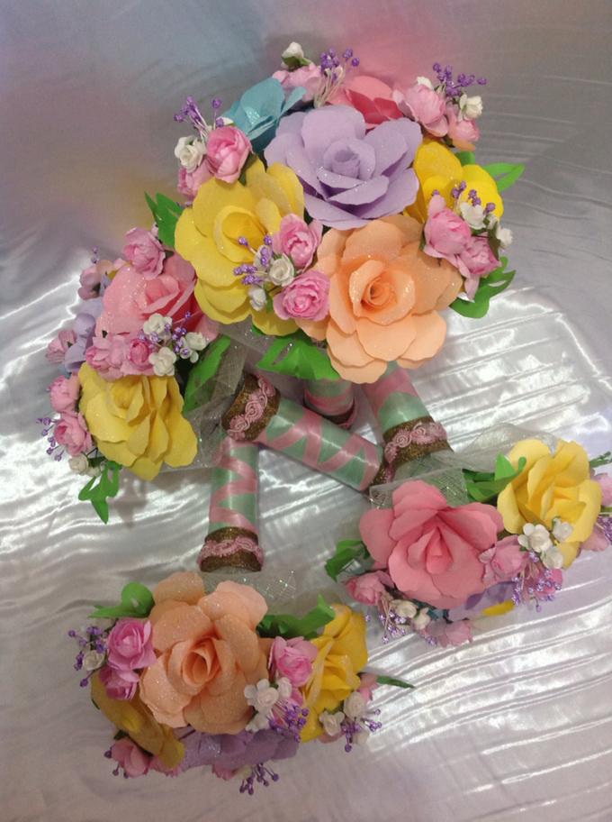 Pastel Handcrafted Entourage Bouquets by Duane's Fleur Creatif - 011